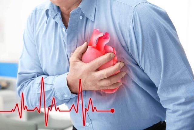 Phân biệt đột quỵ với đau tim, động kinh và say nắng